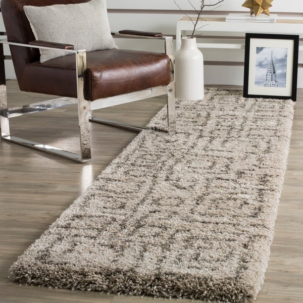 Safavieh Belize Shag Taupe / Grey Area Rug Runner - 2'3 x 11'
