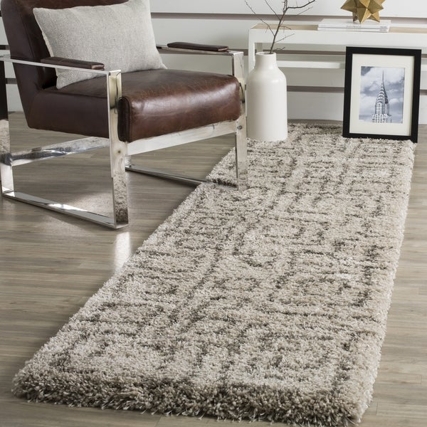 Safavieh Belize Shag Taupe / Grey Area Rug Runner (2'3 x 11')