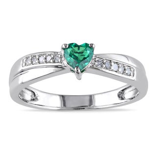 Catherine Catherine Malandrino Simulated Emerald and Diamond Crisscross Heart Engagement Ring in Sterling Silver (G-H,I2-I3)