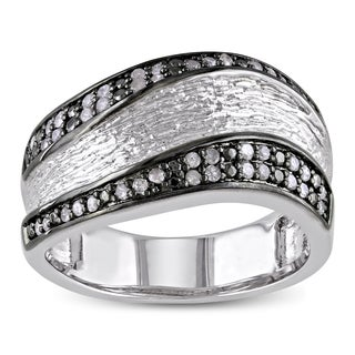 Catherine Catherine Malandrino 1/4ct TDW Diamond Curved Anniversary Ring in Sterling Silver with Bla