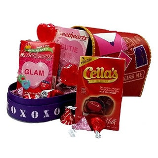 Valentine's Day Heart Mailbox Small Gift Basket