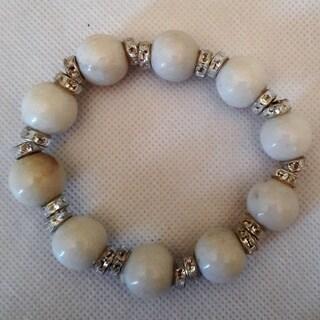 "White Malaysia ""Jade"" Gemstone Beaded Bracelet"