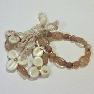 Beige Gemstone Flower Bracelet