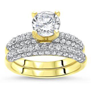Noori 14k Yellow Gold 1ct TGW Round Moissanite and 1 1/5ct TDW Diamond Bridal Ring Set (G-H, SI2-I1)