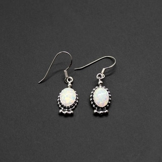 Handmade Set of 2 Sterling Silver White Opal Oval Dangle Earrings (India)