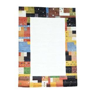 100 Percent Wool Hand-Knotted Folk Art Gabbeh Oriental Rug (9'8x13'5)