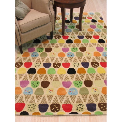Hand-tufted Wool Ivory Transitional Kid's Kid's Ice Cream Cone Rug - 7'9 x 9'9