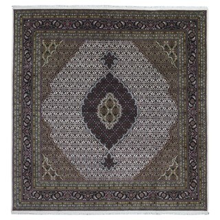 FineRugCollection Hand Made Fine Mahi Tabriz Black Wool and Silk Oriental Rug (7'10 x 8'1)