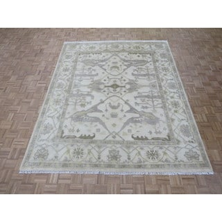 Hand Knotted Ivory Oushak with 100% Wool Oriental Rug (8'1 x 10)