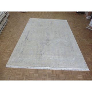 Hand Knotted Ivory Modern with Wool & Silk Oriental Rug (10'2 x 14'3)