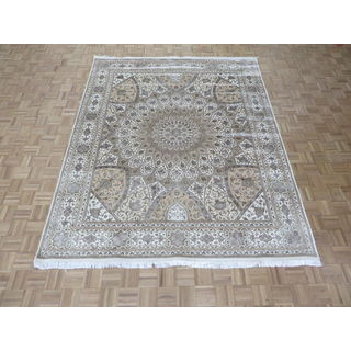 Hand Knotted Ivory Tabriz Gombad with Wool & Silk Oriental Rug (8 x 9'10)