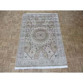 Hand Knotted Ivory Tabriz Gombad with Wool & Silk Oriental Rug - 5'7 x 8