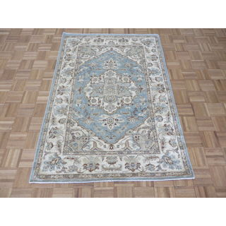 Hand Knotted Blue Peshawar with Wool Oriental Rug (4'1 x 5'10)
