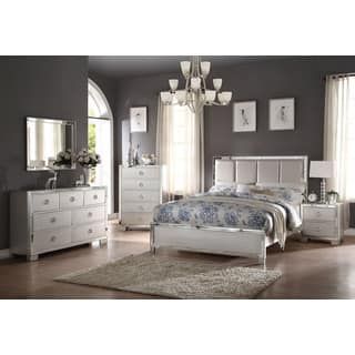 Acme Furniture Voeville II 4-Piece Bedroom Set, Matt Gold PU and Platinum|https://ak1.ostkcdn.com/images/products/14221373/P20813744.jpg?impolicy=medium