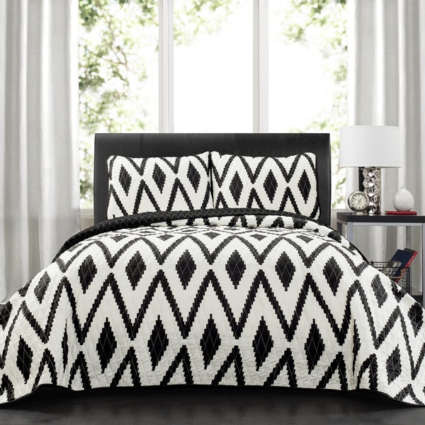 Lush Decor Tryna Diamond 3 Piece Quilt Set