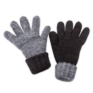 Handmade Alpaca Reversible Gloves, 'Black Smoke' (Peru)
