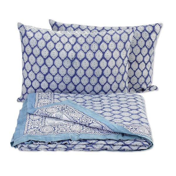Block Printed Cotton Quilt and Pillowcase Set, 'Iris Beauty' (India)