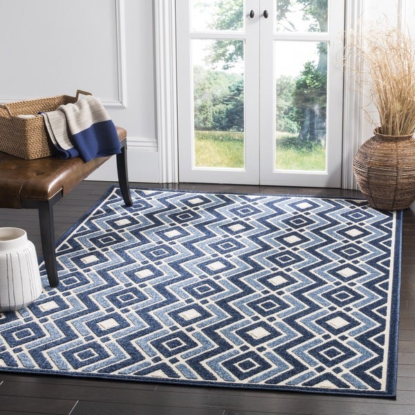 Discount 8x11 Area Rugs: Safavieh Cottage Ivory / Blue Area Rug
