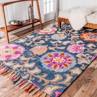 nuLOOM Handmade Tufted Wool Floral Tassel Navy Rug (5' x 8') - 5' x 8'