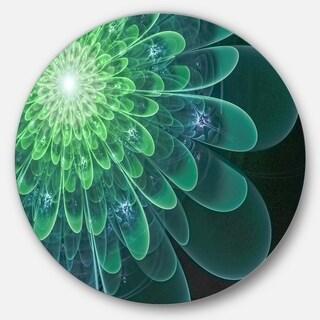 Designart 'Perfect Fractal Flower in Soft Green' Floral Round Wall Art