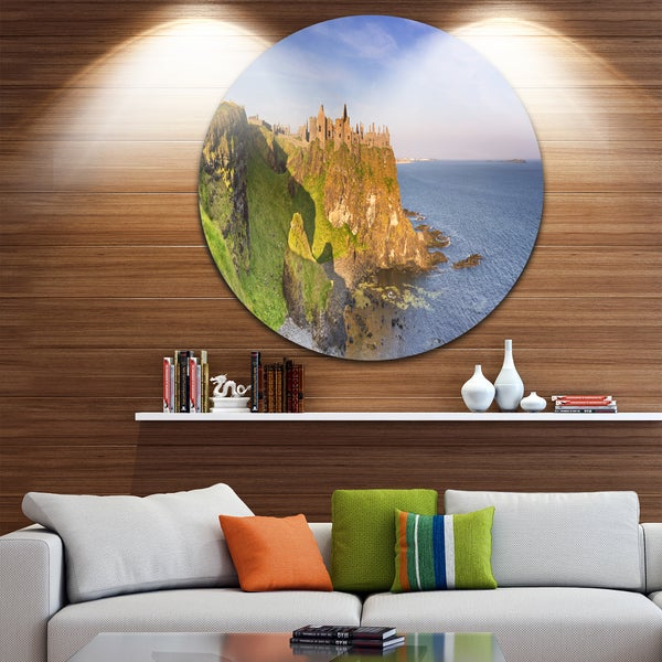 Designart 'Dunluce Castle in Northern Ireland' Seascape Round Wall Art