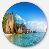 Designart 'Fantastic Seychelles Seashore' Seascape Round Metal Wall Art