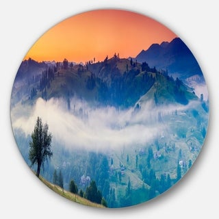 Designart 'Fantastic Blue Mountains Panorama' Landscape Disc Metal Artwork