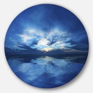 Designart 'Blue Waters and Blue Sky Sunset' Modern Seascape Round Metal Wall Art