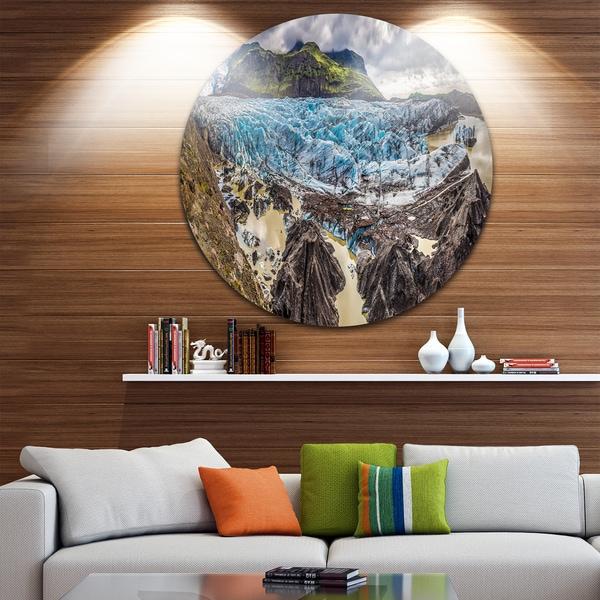 Designart 'Huge Vatnajokull Glacier Panorama' Landscape Disc Metal Artwork