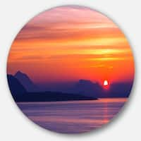Designart 'Stunning Sunset in Greece' Seascape Disc Metal Artwork