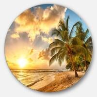 4423ed116f Designart 'Gorgeous Beach of Island Barbados' Modern Seascape Circle ...