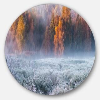 Designart 'Grey Hoarfrost Design by Winter' Landscape Round Wall Art