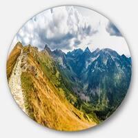 Designart 'Low Tatras Hike Panorama' Landscape Circle Wall Art