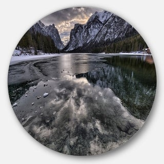 Designart 'Black Icy Mountain Lake with Snow' Contemporary Landscape Disc Metal Wall Art