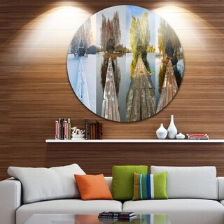 Designart 'Houses on Small Island Panorama' Modern Seascape Large Disc Metal Wall art