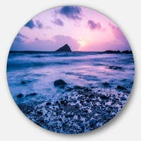 Designart 'Slow Motion Waves on Rocky Beach' Modern Seascape Disc Metal Wall Art