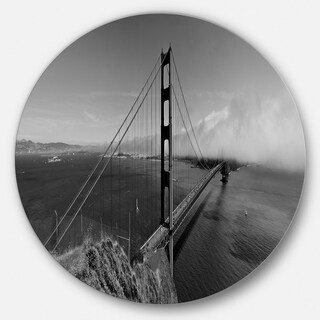 Designart 'Golden Gate Bridge in Gray Panorama' Sea Bridge Disc Metal Artwork