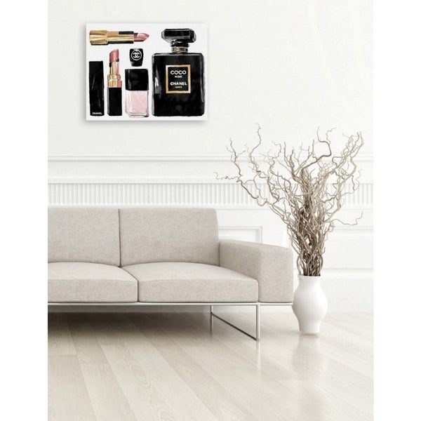 Oliver Gal 'Essential Coco' Fashion and Glam Gallery Wrapped Canvas Art - black, gold