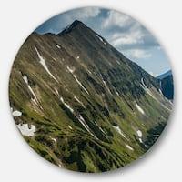 Designart 'Tatra Mountains Panoramic View' Landscape Round Metal Wall Art