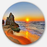 Designart 'Beautiful Sunrise by Beach in Tathra' Contemporary Seascape Disc Metal Artwork