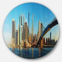 Designart 'New York City with Brooklyn Bridge' Cityscape Disc Metal Wall Art