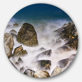 Designart 'Rocky Waves at Haeundae Coast Busan' Contemporary Seascape Circle Wall Art