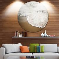 Designart 'Close-up Waves in Mediterranean Sea' Contemporary Seascape Disc Metal Artwork