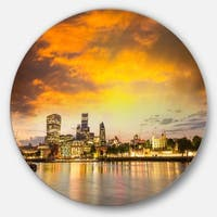 Designart 'Financial District of London at Twilight' Cityscape Round Wall Art