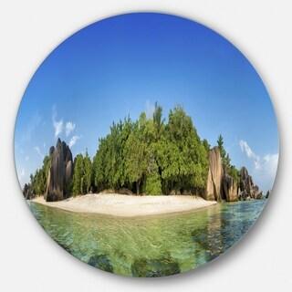 Designart 'Paradise on Earth Seychelles Island' Seashore Round Wall Art