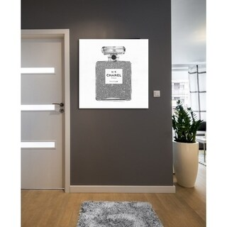 Oliver Gal 'Silver Classic Number 5' Glam and Fashion Perfumes Gallery Wrapped Canvas Art - Grey