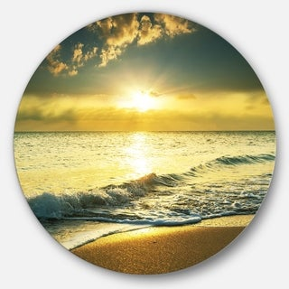 Designart 'Yellow Sunlight over Crystal Waters' Seashore Round Metal Wall Art