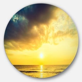 Designart 'Yellowish Sky over Serene Seashore' Seashore Disc Metal Wall Art