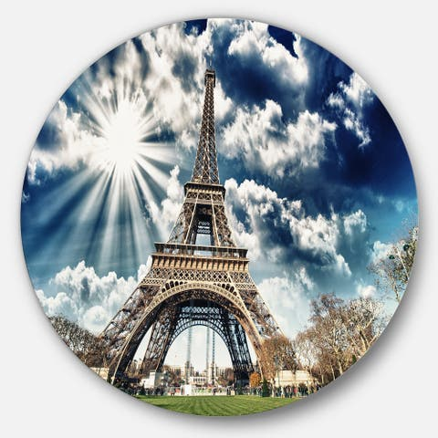 Designart 'Magnificent Eiffel Tower View' Skyscape Photo Circle Wall Art