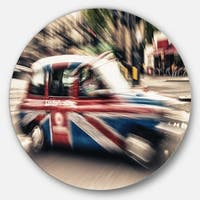 Designart 'UK Cab in London' Cityscape Photography Round Wall Art